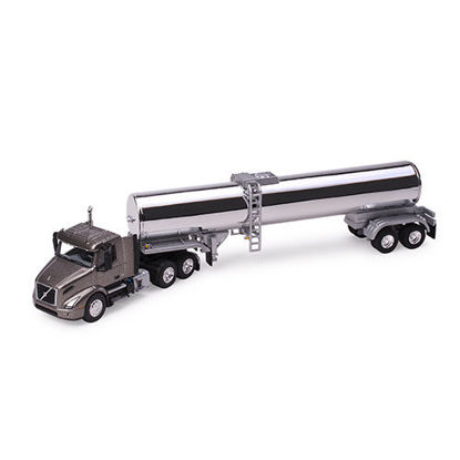 Picture of Volvo VNR  with Chrome Tanker 1:87 Scale