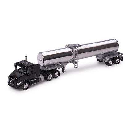 Picture of Volvo VNR 300 with Chrome Tanker 1:87 Scale